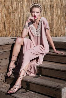 pink, embroidered, maxi dress, kaftan dress, kaftani, καφτανι, τουνικ, tunic, σαντορινη, santorini, ancient greek sandals, sandalia, πεδιλα, dress, foremata, φορεματα, φορεματα καλοκαιρινα, αερινο φορεμα, ρουχα, γυναικεια ρουχα, ρουχα γυναικεια, φθηνα ρουχα, ρουχα online, οικονομικα φορεματα, womens clothes, women clothing, dresses online